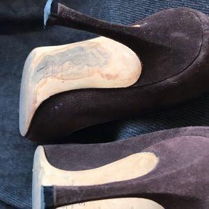Manolo Blahnik Shoes - Manolo Blanik Timeless heels